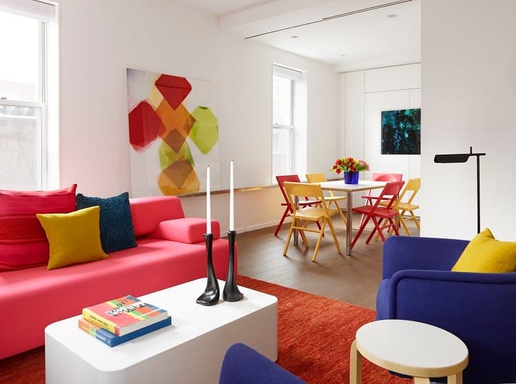 interior-of-a-colorful-apartment-in-new-york-city