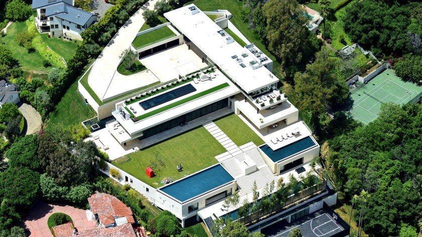 Jay-Z and Beyoncé's mansion in Bel-Air, Los Angeles CA