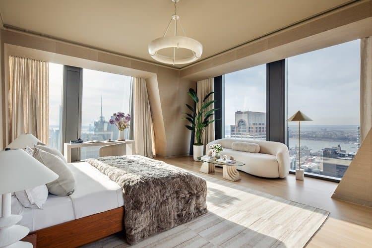 Corner bedroom in a luxury Manhattan skyscraper