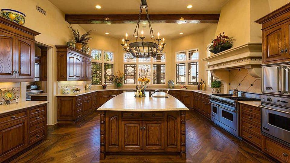 Inside the kitchen in Britney Spears' house in Thousand Oaks