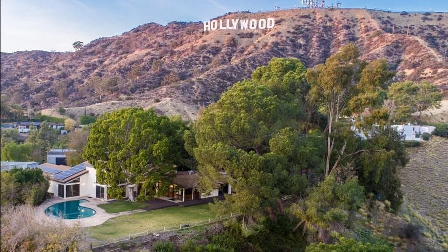 holywood-celebrities-investing-in-real-estate