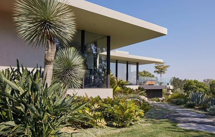 the house jennifer aniston shared with justin theroux