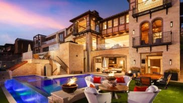 ultra-luxury-house-in-orange-county-the-strand
