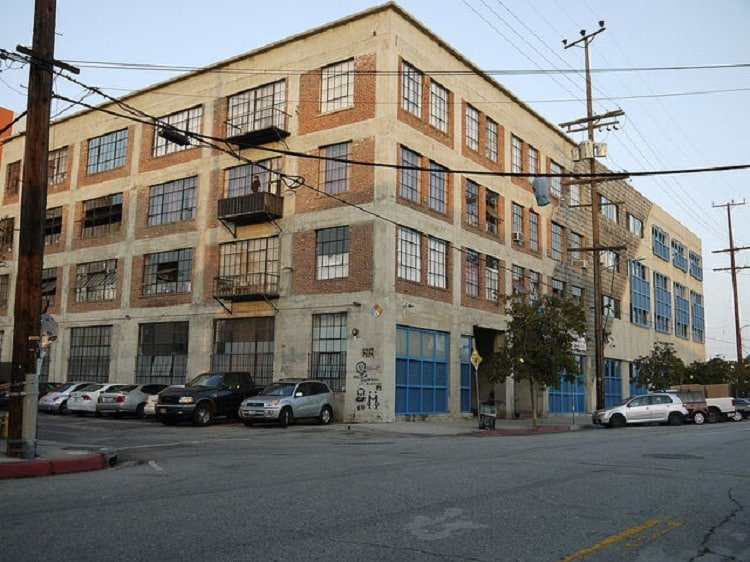 exterior of the building from The New Girl TV show, where the loft is located