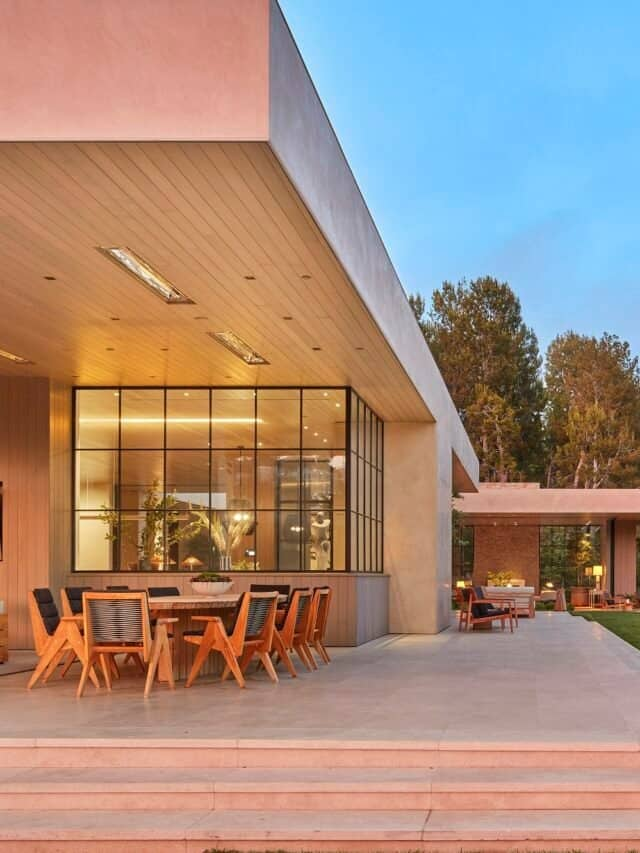 This $70 Million Los Angeles House is Surprisingly Warm & Inviting